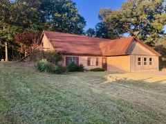 Real Estate Listing  33404 Hawk Avenue Bevier